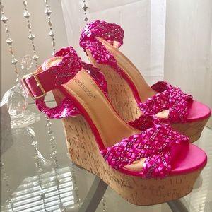 Shoedazzled  pink platform size 6.5